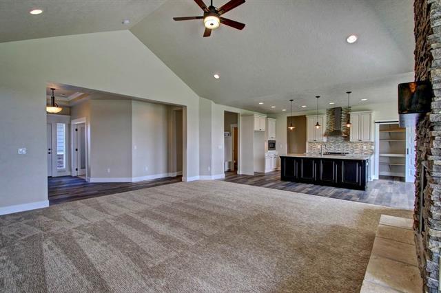 Summerville Floor Plan