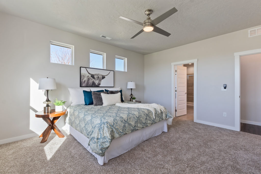 14-Master Bedroom