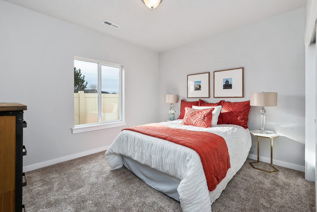 07-Bedroom