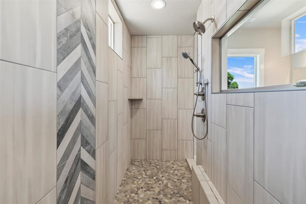 29-Master Shower