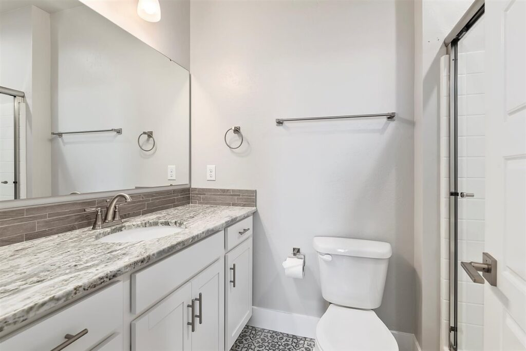 30-Bathroom